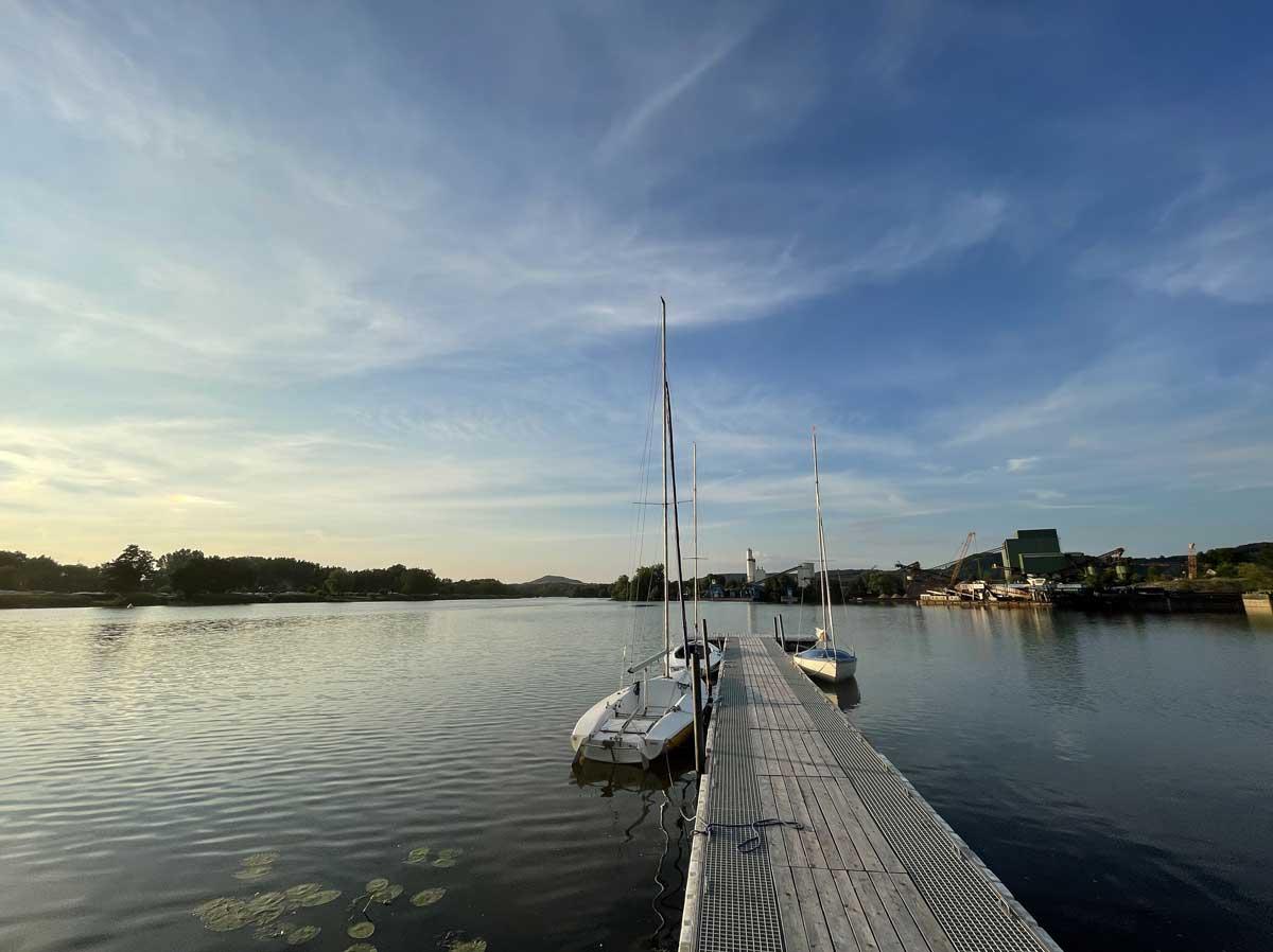 Bamberger Segelclub - Steg im Sommer